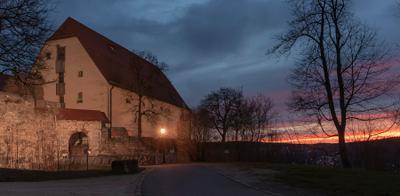 г. Хайденхайм, замок Хелленштайн, западная арка