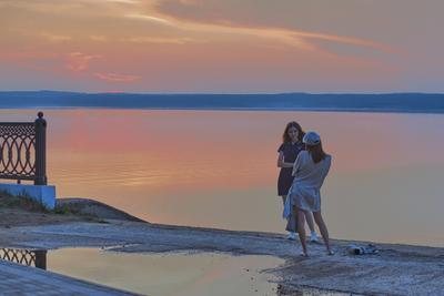 Вечерняя фотосессия Закат Волга подружки фотосессия