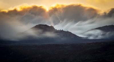 Облачные всплески Испания Тенерифе Тейде облака выдержка горы движение