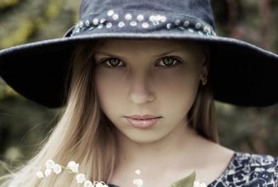 Прелестная Татьяна Девочка в шляпе красивая милая