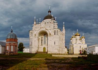В Казанском монастыре.Фрагмент 2. монастырь вера
