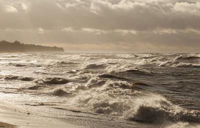 после шторма море Рижский залив шторм буря ветер Латвия