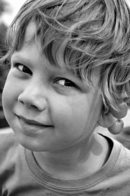 Мальчик Мальчик ребенок жанр хитрости лето