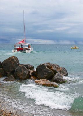 Прогулка в море море камни лодка