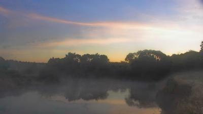 Вщиж. Рассвет над туманной рекой.