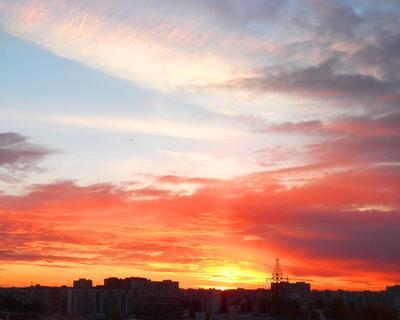 Зорька алая.... заря небо восход закат красота облака вид из окна город