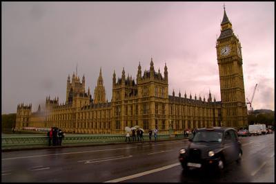 Символы лондон дождь мост кеб такси осень биг бен
