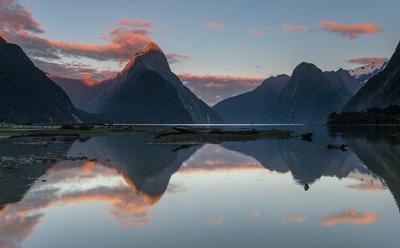 ReflectioNZ New Zealand Milford sound Fjordland sunrise