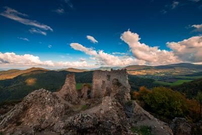 Руины старого замка Руины Замок Хуменне Словакия