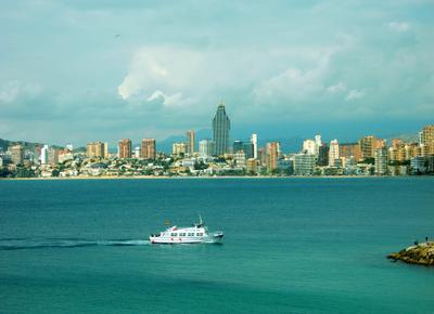 курортненько бенидорм испания яхта море лето курорт отдых каникулы