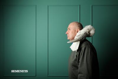 человек с птицей семенец semenets portrait портрет