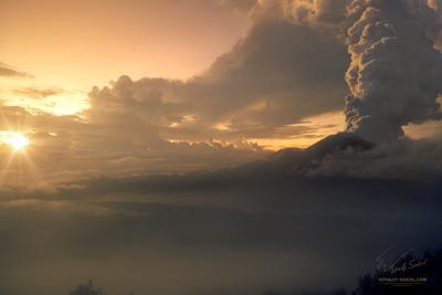 Agung. Indonesia willfalcon volcano volcanic agung
