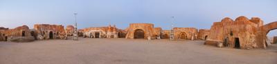 Родина Энакина в Сахаре Сахара, Тунис, Татуин, Star Wars, Энакин Скайуокер, Дарт Вейдер, Джордж Лукас, Звездные войны