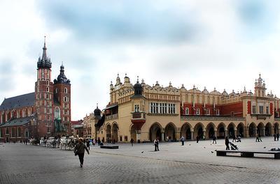 Старый добрый Краков... Краков, площадь, Главный рынок, Мариацкий костел