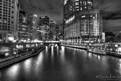 Chicago night.