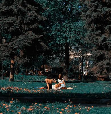 Прекрасные дриады Девушки цветы природа деревья нежность яркость зелёный пленка