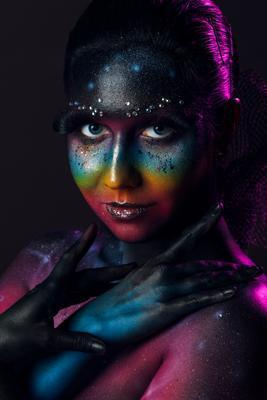 cosmic beauty бьюти арт креатив портрет девушка студия макияж космос вселенная face-art