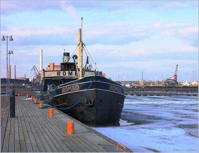 Хотели бы Вы иметь собственного Ромео? Хельсинки Helsinki boat steamship Romeo cruise party