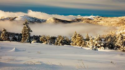 Зимним днем... крым зима горы снег облака пейзаж природа небо