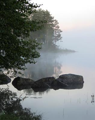 Утро на озере Карелия