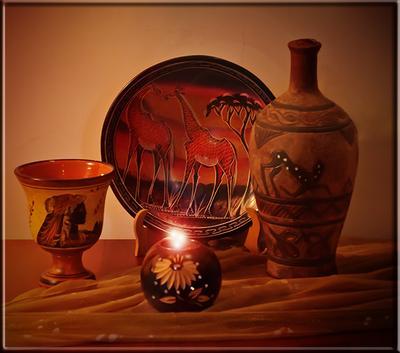 Влюбленные жирафы Декоративная тарелка, пиала с изображением Афродиты, кувшин с вином