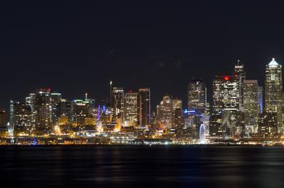 город  Сиэтл... Сиэтл огни зима ночь дома залив небоскребы