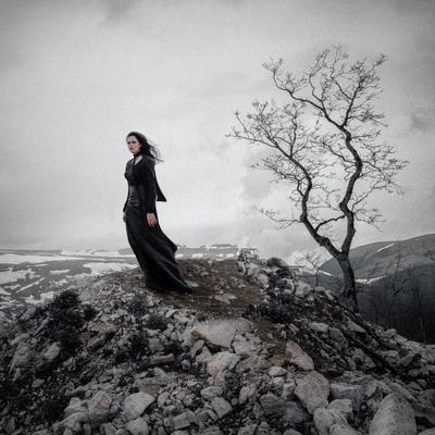 Вдова girl model fog wind mood sadness silence mountains russia