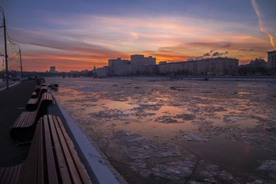 После заката на Москва-реке Река Москва-река закат в Москве