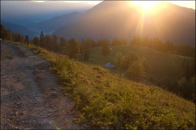Утро на Великой Планине Словения, Велика планина, утро, рассвет, горы