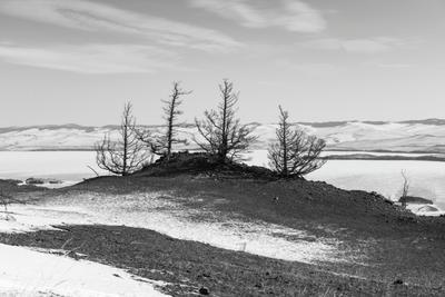 Над озером . Байкал Малое море Ольхон Огой Прморский хребет Февраль
