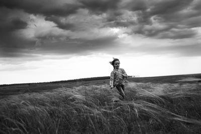 Перед дождём дети люди эмоции портрет