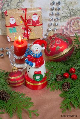 Новогодняя композиция (20) шарики ветки игрушки