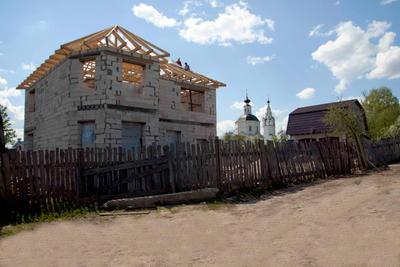 Строим дом город весна дом строители церковь