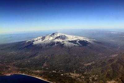 Этна с самолета Этна Сицилия
