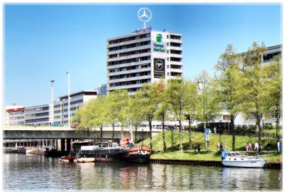 """Mercedes"" на память германия город саарбрюккен"