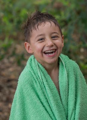 Счастье есть Лето купание мальчишка