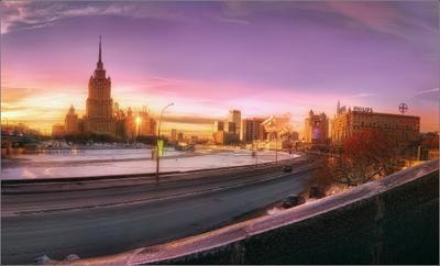 Этюд в сиреневых тонах. Москва, закат, гостиница, Рэдиссон Ройал, Украина