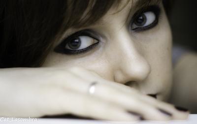 Автопортрет автопортрет глаза макияж