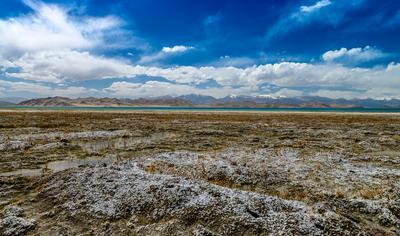 Полоска озера Каракуль, Восточный Памир