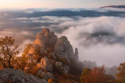 Долина Привидений крым осень туман демерджи