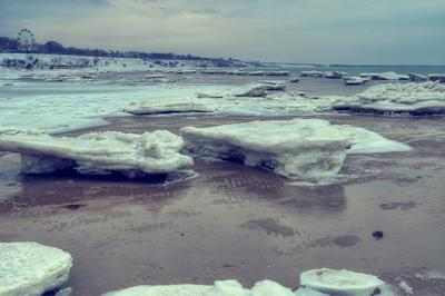 Ейские айсберги.
