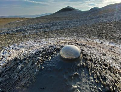 Есть ли жизнь на Марсе? mud volcano