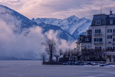 Утро на горном озере