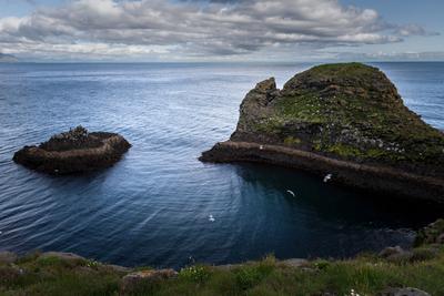 У моря. Исландия