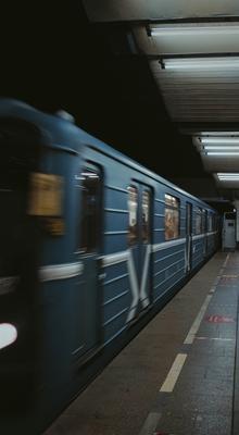 Полет времени Метро поезд скорость время заморозка времени