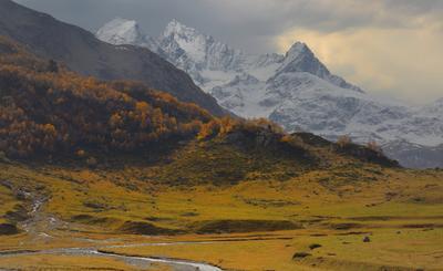 Марухский перевал горы Кавказ утро