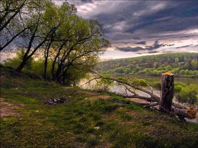 Нет слов... вечер река берега лес тучи облака