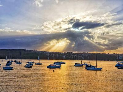 *** Сидней закат солнечные лучи