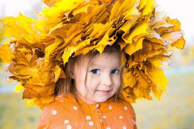 осенний портрет девочка осень листья венок