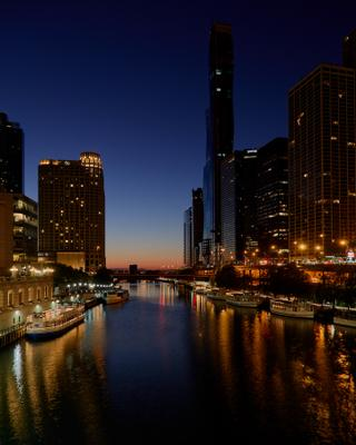 Предрассветные сумерки Chicago river dawn